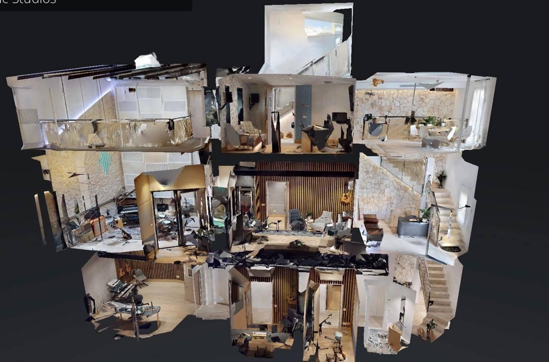 Palma Music Studios del2: Akustik, flytande golv och massor av kablar